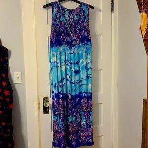 NWT Mlle Gabrielle Maxi Dress